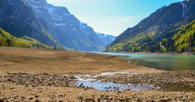 sucho vyschlá řeka