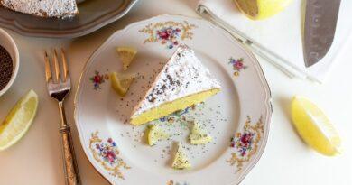 Veganská citrónová buchta, aneb obyčejná buchta bez mléka a vajec